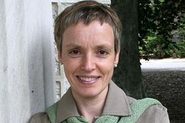 Professore associatopresso l'Università degli Studi di Guelph, Canada; capo dei dipartimenti degli Studi europei e Studi italiani.